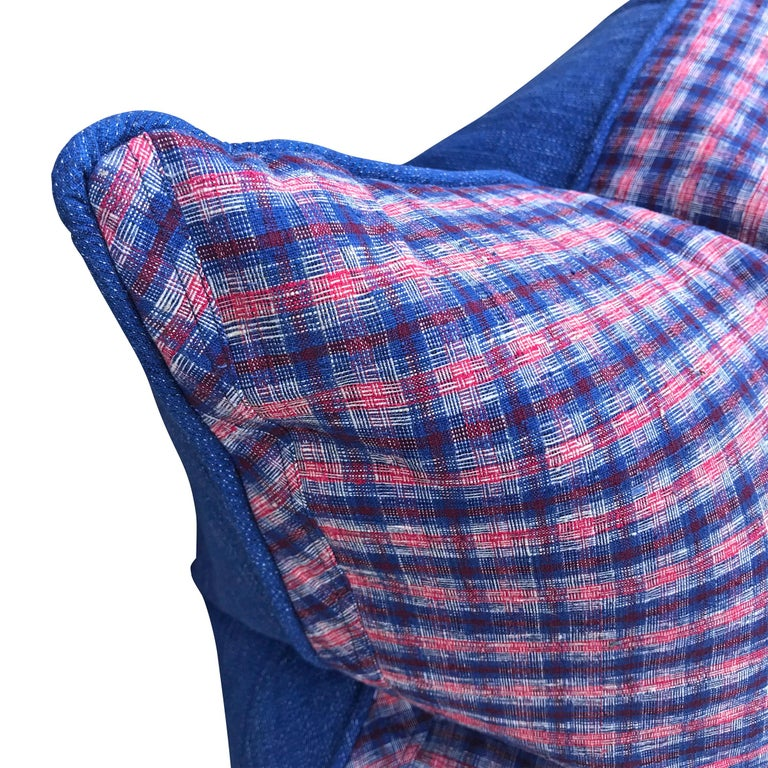 Pair of Vintage Chinese Cotton Plaid Pillows In Excellent Condition For Sale In Chicago, IL
