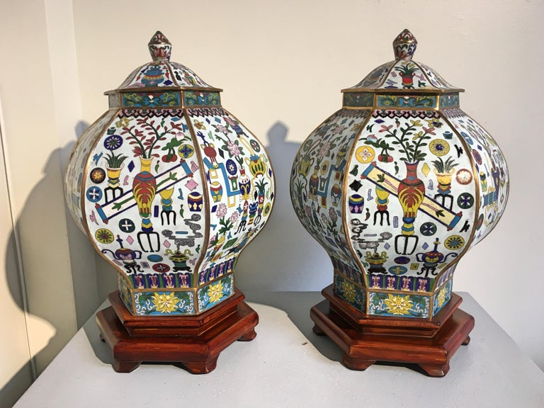 Qing Pair of Vintage Chinese White Cloisonné Hexagonal Covered Vases, 1950s For Sale