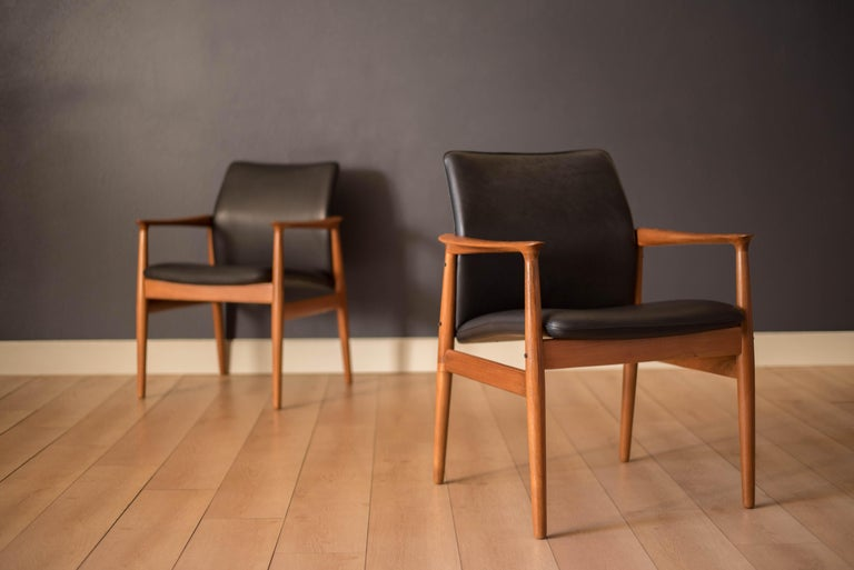 Pair of Vintage Danish Teak and Leather Armchairs by Grete Jalk for Glostrup For Sale 10
