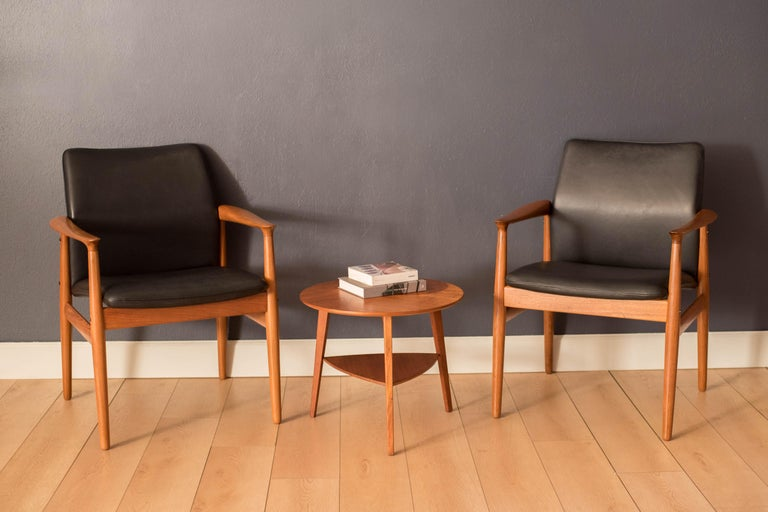 Scandinavian Modern Pair of Vintage Danish Teak and Leather Armchairs by Grete Jalk for Glostrup For Sale