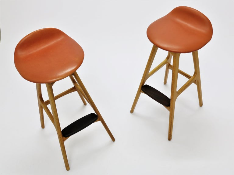 Pair of Vintage Erik Buch Bar Stools Model OD61 in Oak and Rosewood For Sale 7