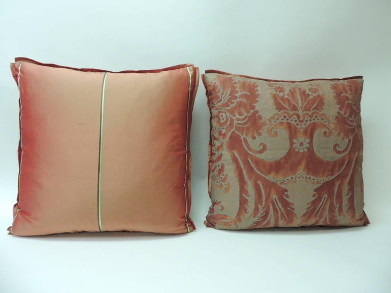 "Italian Pair of Vintage Fortuny ""Glicine"" Pattern Red and Silvery Decorative Pillows For Sale"