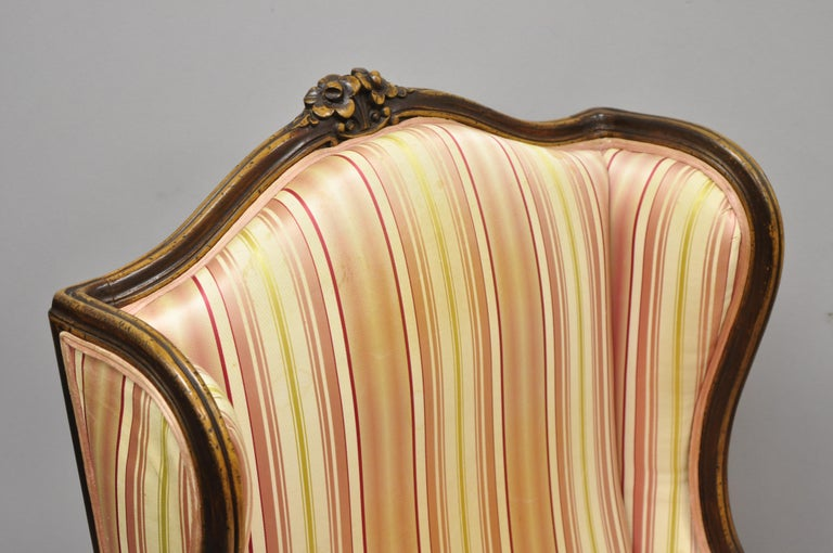 Pair of Vintage French Louis XV Style Wingback Bergere Armchairs, W & J Sloane In Good Condition For Sale In Philadelphia, PA