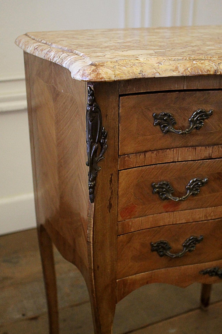 Pair of Vintage French Louis XV Style Wood Nightstands with Marble Tops For Sale 4