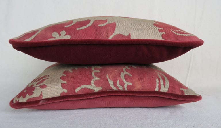 Baroque Pair of Vintage Glicine Patterned Fortuny Pillows For Sale