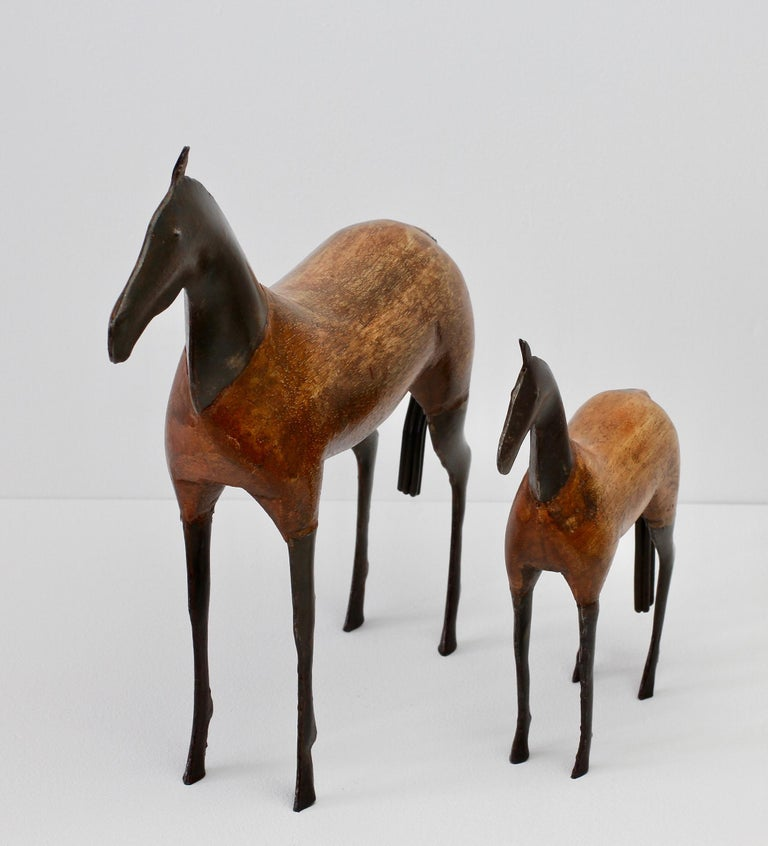 Scandinavian Pair of Vintage Hand-Carved Wooden and Metal Horse Sculptures, circa 1980s For Sale