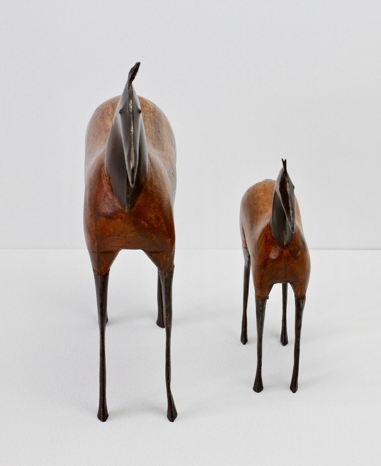 Pair of Vintage Hand-Carved Wooden and Metal Horse Sculptures, circa 1980s In Good Condition For Sale In Landau an der Isar, Bayern