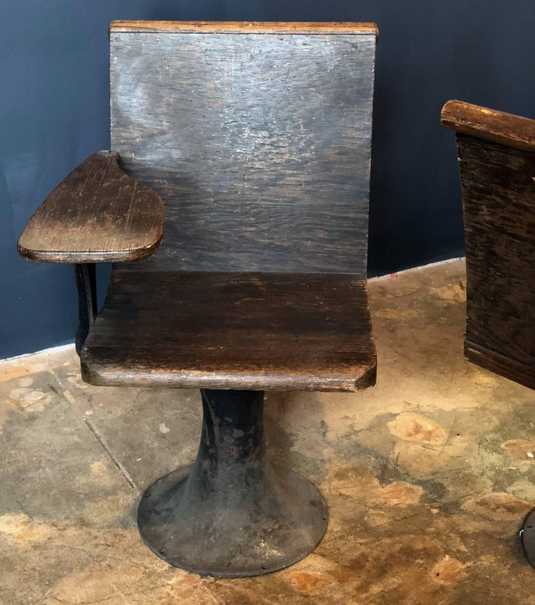 Pair of Vintage Industrial 1920s School Chairs In Good Condition For Sale  In Los Angeles, - Pair Of Vintage Industrial 1920s School Chairs For Sale At 1stdibs