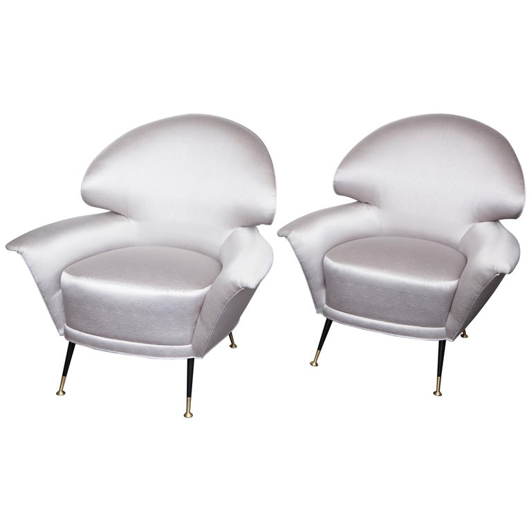 Pair of Vintage Italian Arrow Head Chairs Upholstered in Platinum Satin For Sale