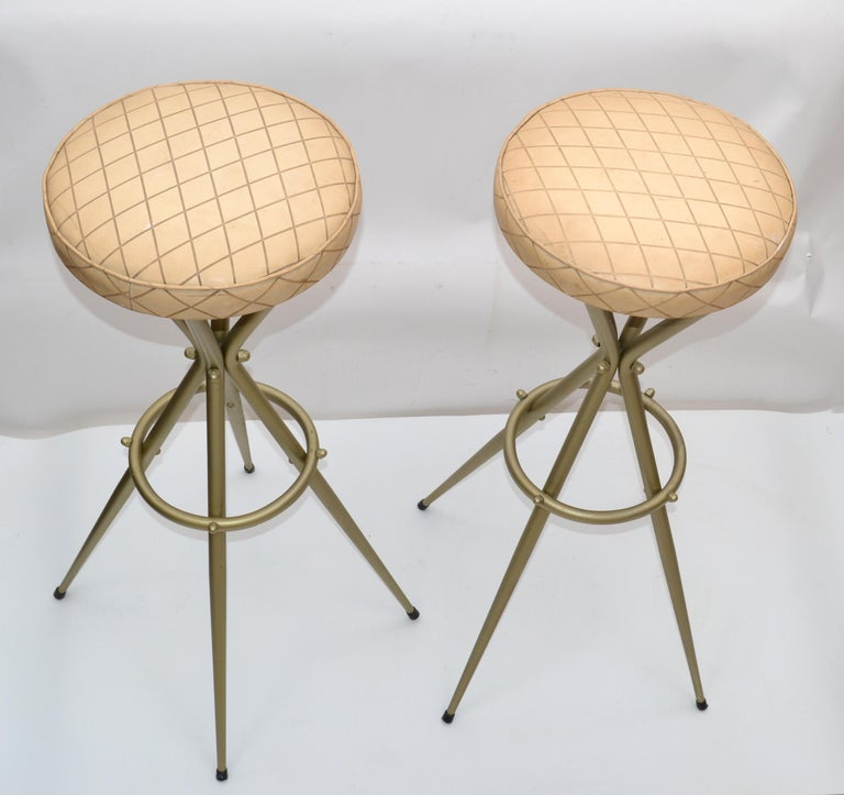Pair of Vintage Italian Gio Ponti Style Bar Stool For Sale 4
