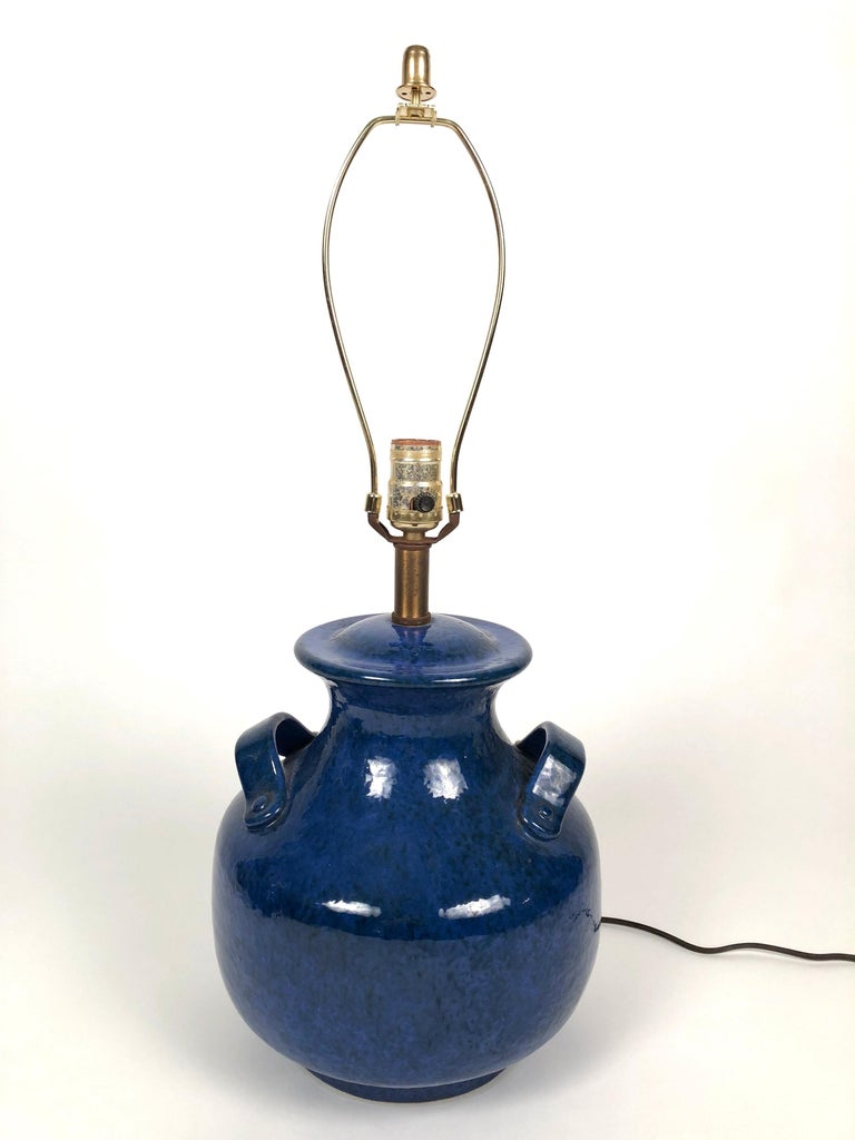 Pair of Vintage Italian Blue Pottery Lamps For Sale 4