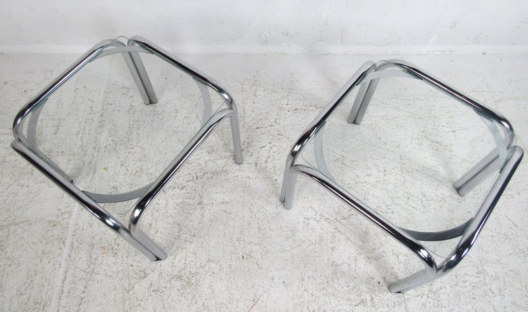 Mid-Century Modern Pair of Vintage Italian Chrome Side Tables For Sale