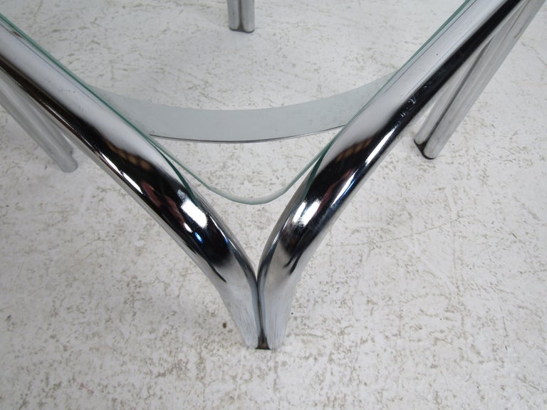 Pair of Vintage Italian Chrome Side Tables In Good Condition For Sale In Brooklyn, NY