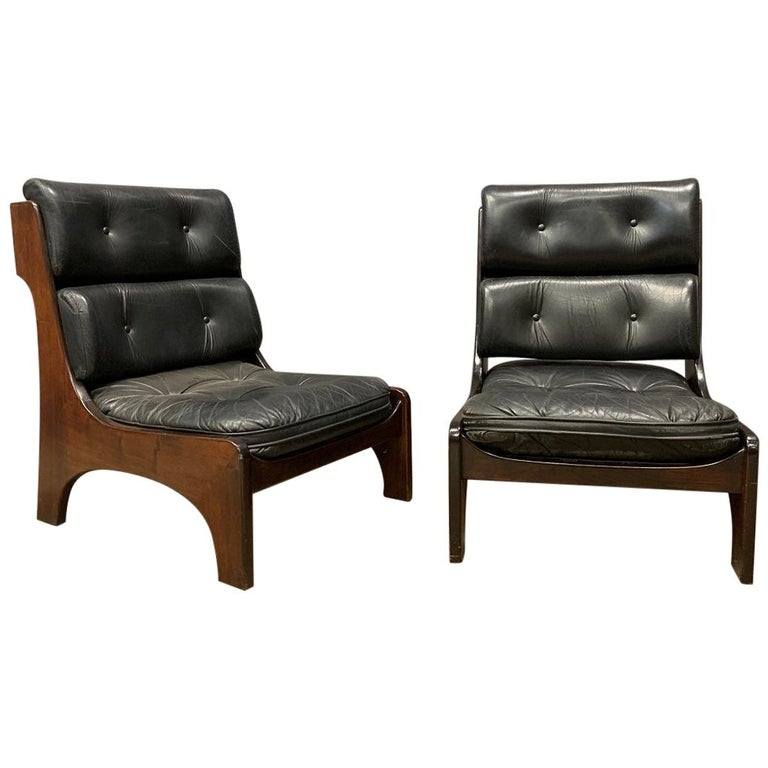 Pair of Vintage Italian Lounge Chairs, 1970s For Sale