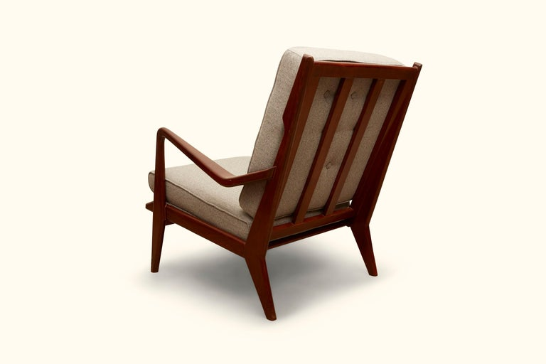 Pair of Vintage Italian Lounge Chairs In Excellent Condition For Sale In Los Angeles, CA