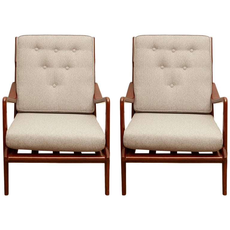 Pair of Vintage Italian Lounge Chairs For Sale