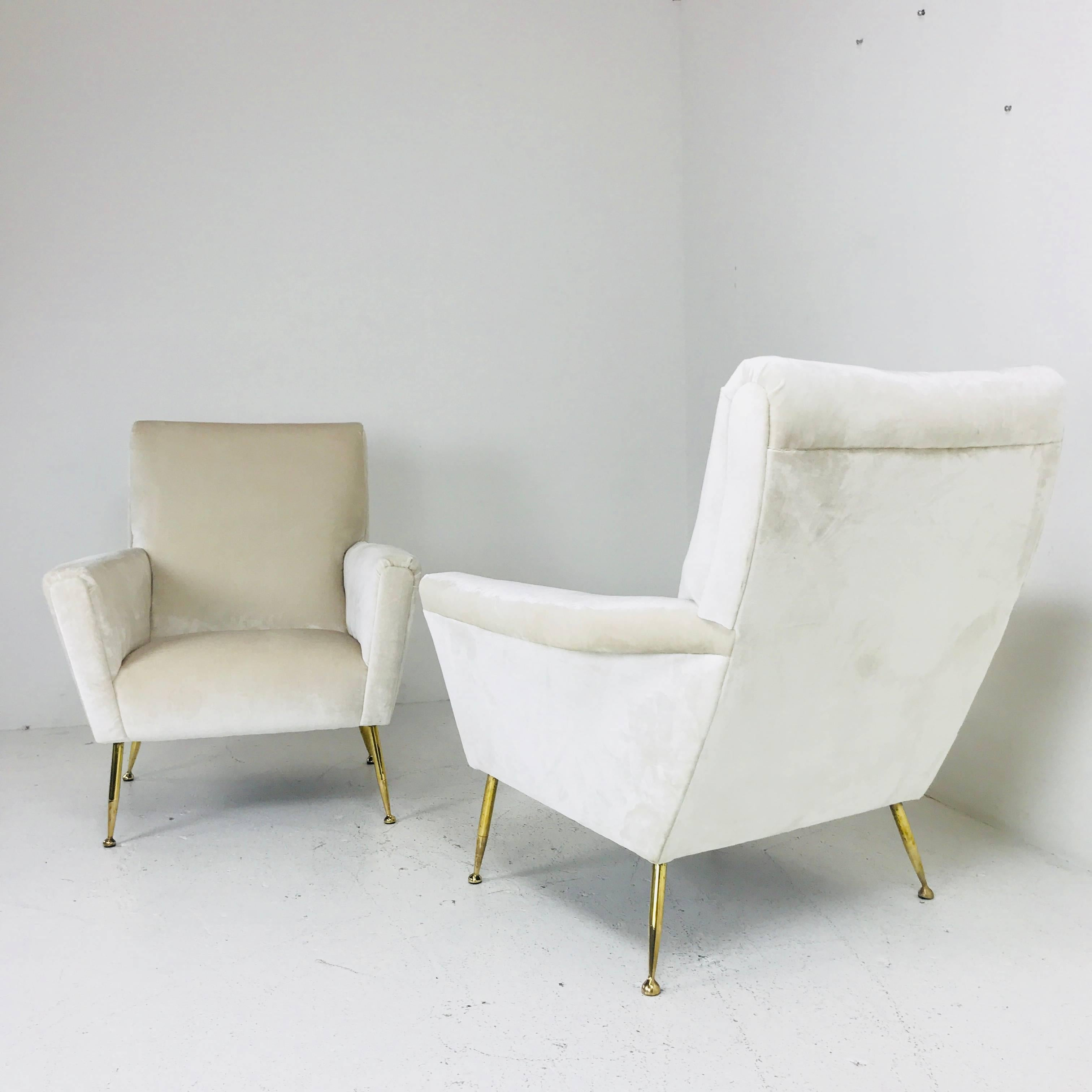 Pair Of Vintage Italian Lounge Chairs With Brass Legs In Good Condition For  Sale In Dallas