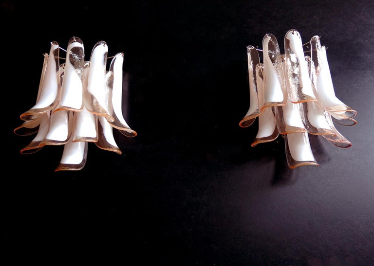 Mid-Century Modern Pair of Vintage Italian Murano Wall Lights in the Manner of Mazzega, 10 Pink La For Sale