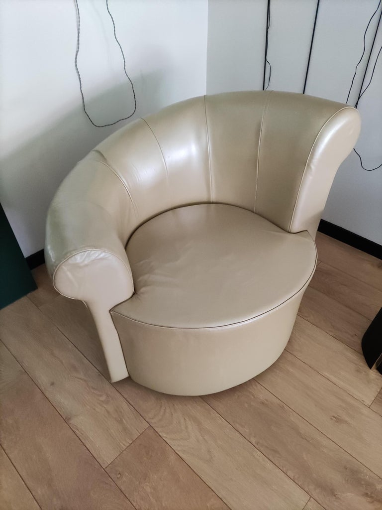Late 20th Century Pair of Swiveling