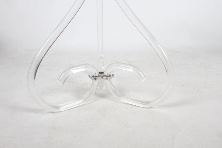 Pair of Vintage Lucite and Glass Side Tables in the Style of Dorothy Thorpe For Sale 5