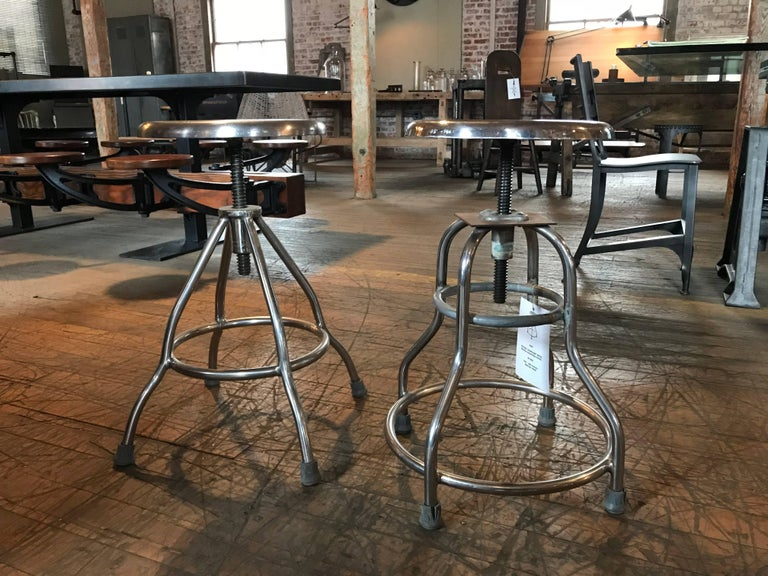 Pair of Vintage Medical Stools In Good Condition For Sale In Oakville, CT