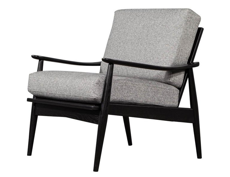 Pair of Vintage Mid-Century Modern Lounge Chairs For Sale 2