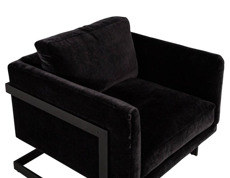 Pair of Vintage Mid-Century Modern Black Lounge Chairs For Sale 5