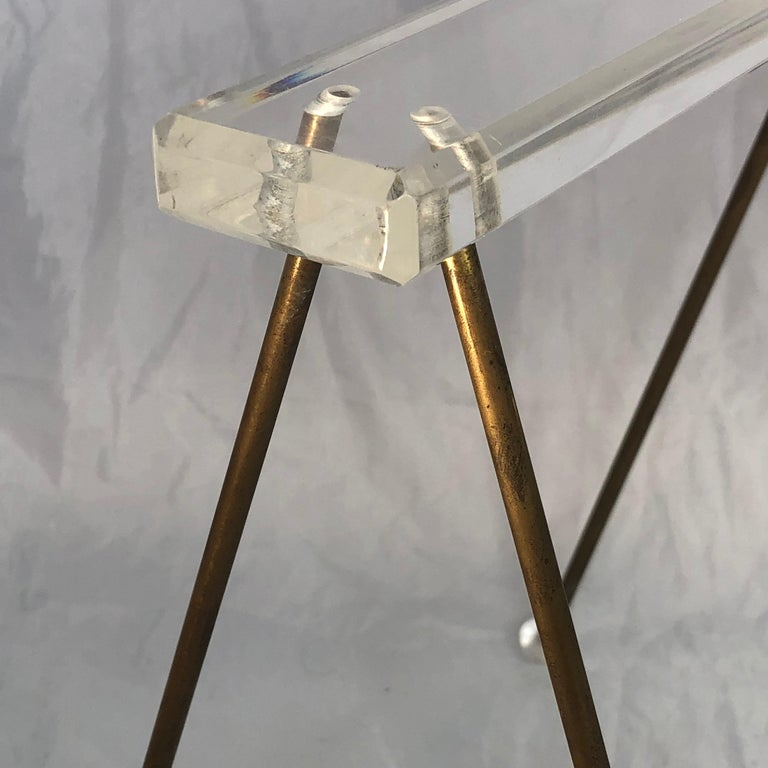 Pair of Vintage Mid-Century Modern Brass and Lucite Stands or Tray Racks For Sale 11