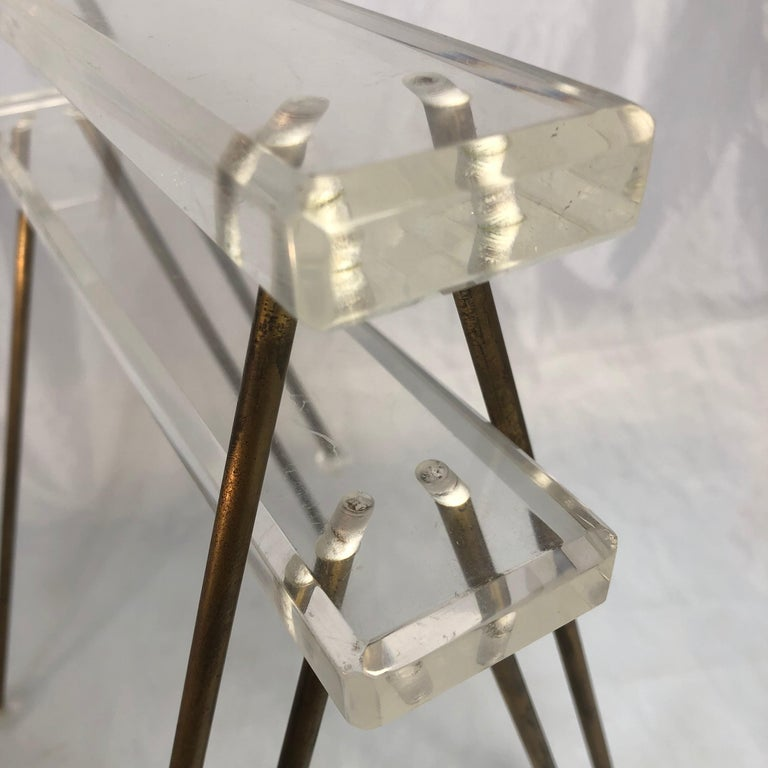 Pair of Vintage Mid-Century Modern Brass and Lucite Stands or Tray Racks For Sale 12