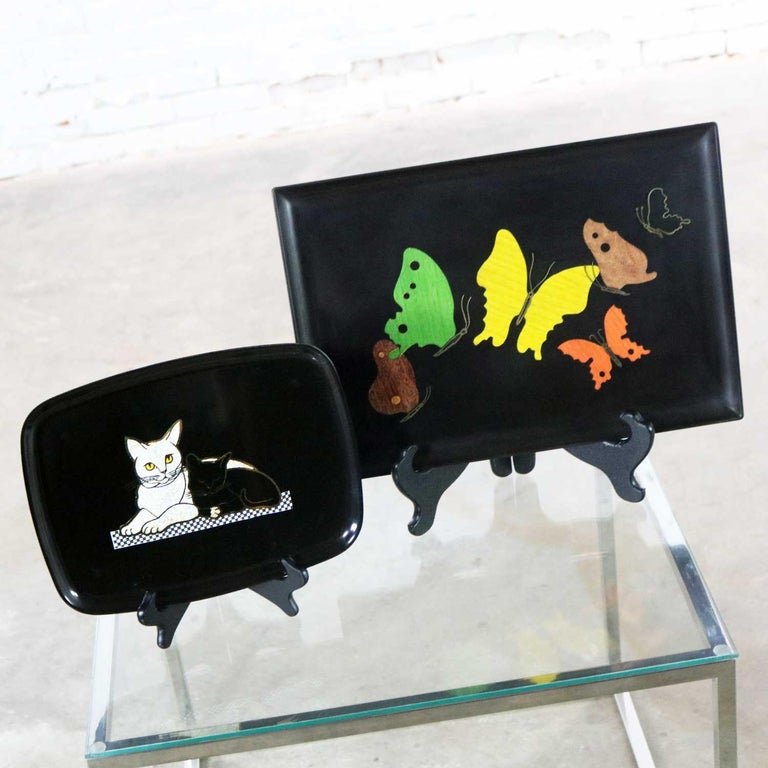 American Pair of Mid-Century Modern Couroc of Monterey Black Trays Cats and Butterfly For Sale