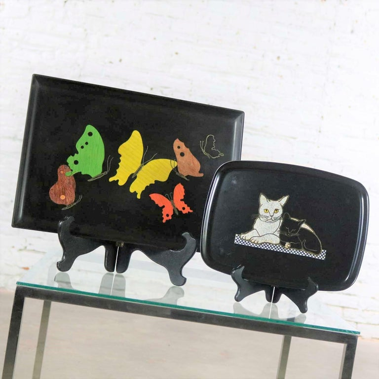 20th Century Pair of Mid-Century Modern Couroc of Monterey Black Trays Cats and Butterfly For Sale
