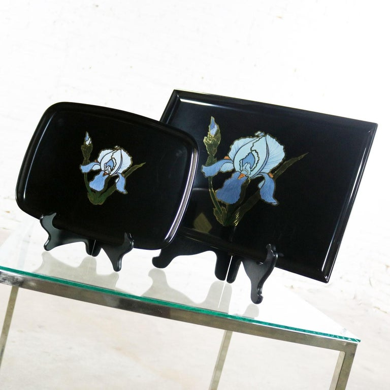 Pair of Vintage Mid-Century Modern Couroc of Monterey Black Trays with Blue Iris For Sale 5