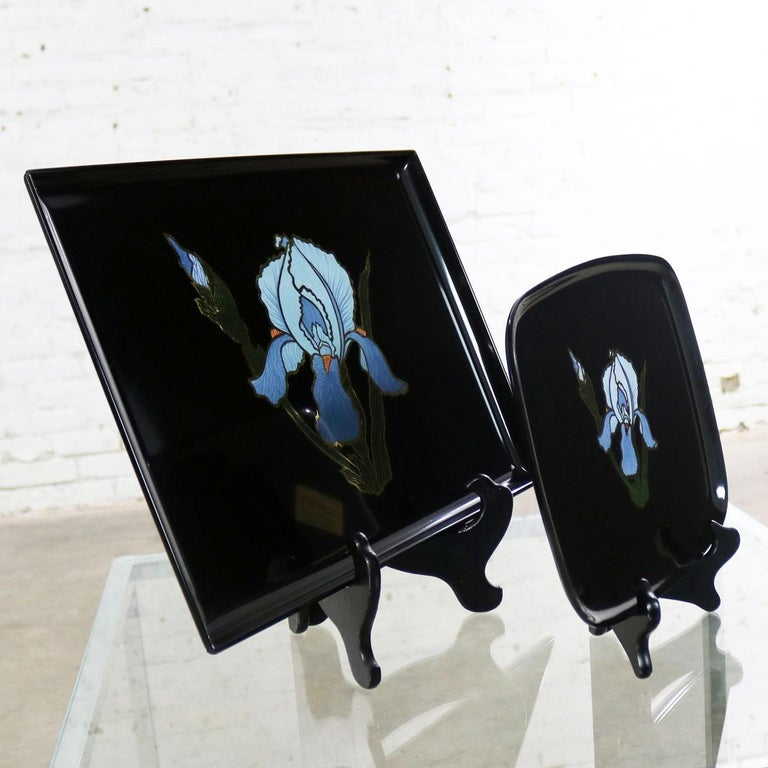 Pair of Vintage Mid-Century Modern Couroc of Monterey Black Trays with Blue Iris For Sale 1