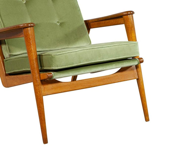 Pair of Vintage Mid-Century Modern Parlor Armchairs For Sale 6