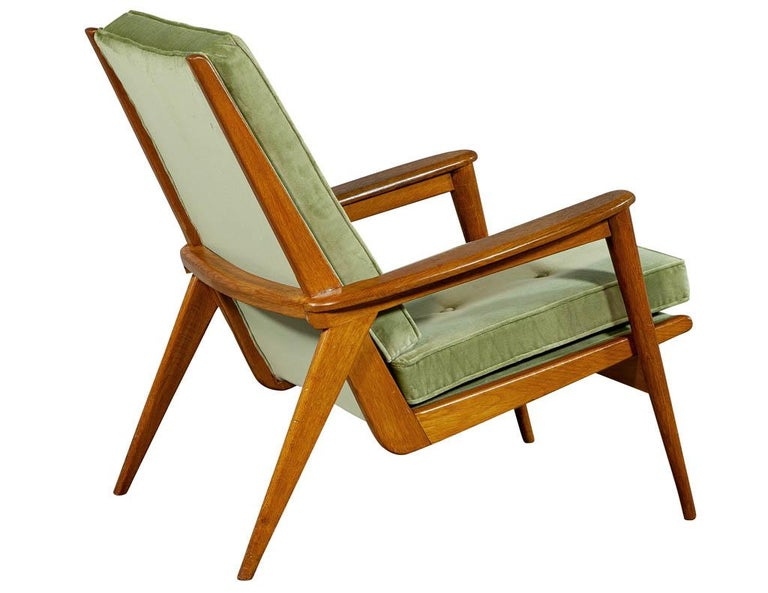 Pair of Vintage Mid-Century Modern Parlor Armchairs For Sale 7