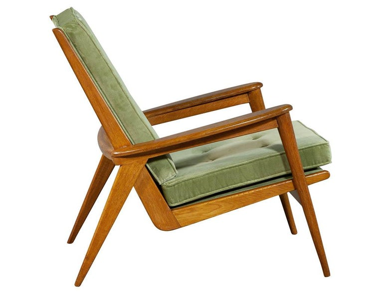 Pair of Vintage Mid-Century Modern Parlor Armchairs For Sale 8