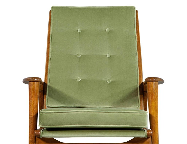 Pair of Vintage Mid-Century Modern Parlor Armchairs For Sale 1