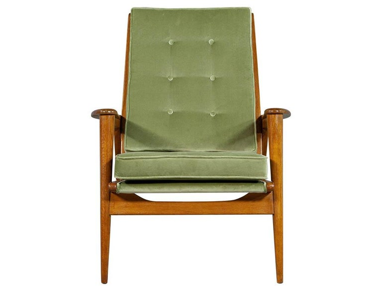 Pair of Vintage Mid-Century Modern Parlor Armchairs For Sale 2