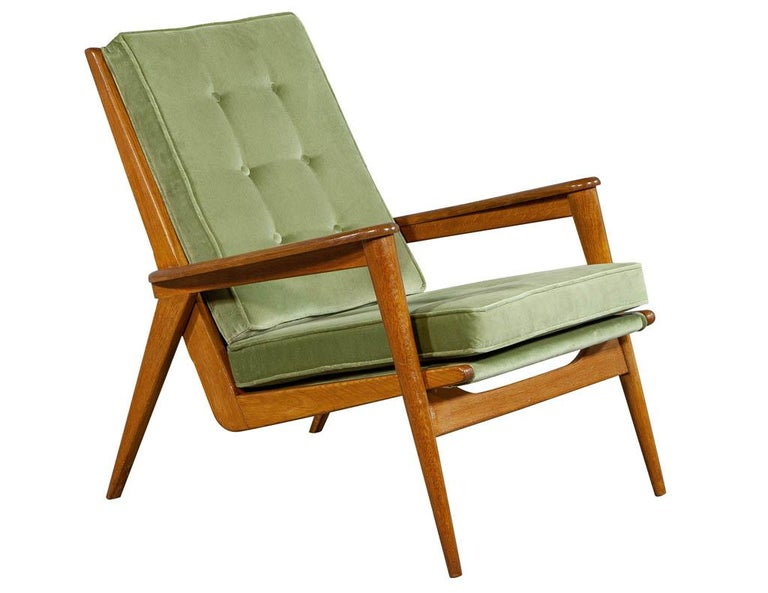 Pair of Vintage Mid-Century Modern Parlor Armchairs For Sale 3