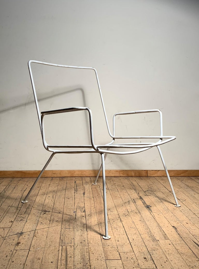 Pair of Vintage Midcentury Wrought Iron Patio Garden Chairs manner of Salterini For Sale 2