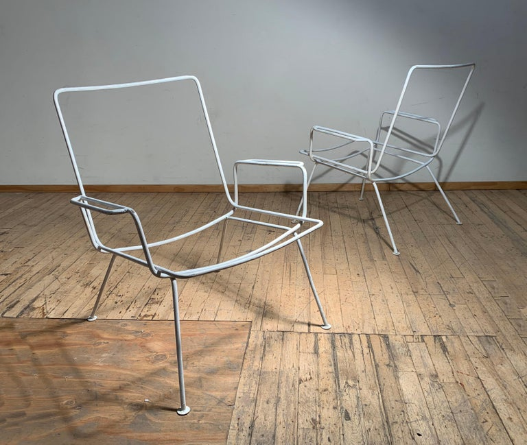 Pair of Vintage Midcentury Wrought Iron Patio Garden Chairs manner of Salterini For Sale 4