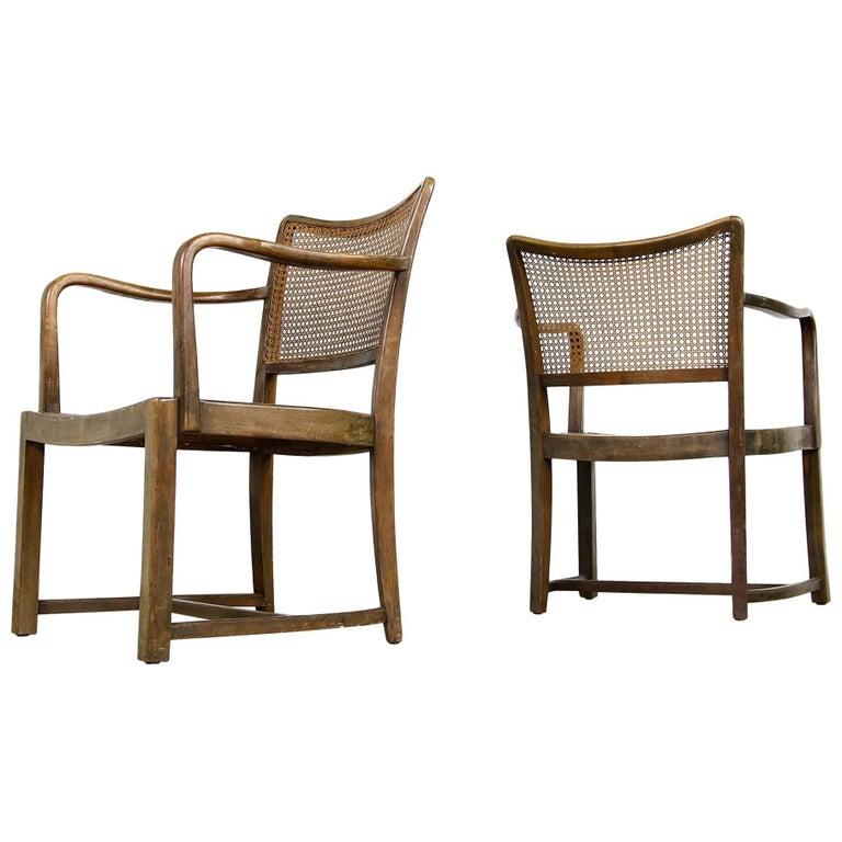 45843e62f6715 Ein Paar Vintage Stühle der Moderne der Nachkriegszeit aus Bugholz und  Schilfrohr, 1950er