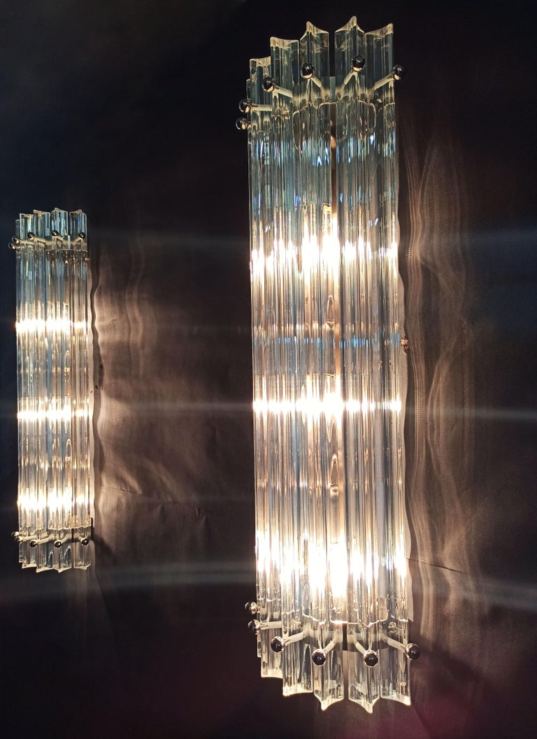 Blown Glass Pair of Vintage Murano Wall Sconce, Iridescent Triedri Glass For Sale