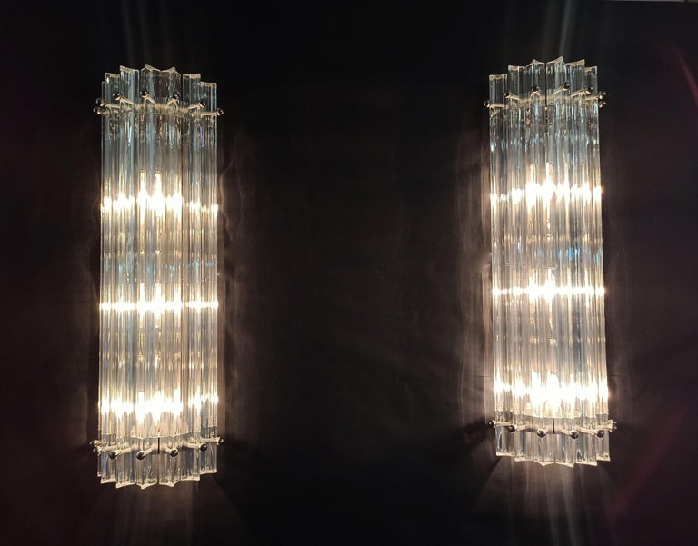 Pair of Vintage Murano Wall Sconce, Iridescent Triedri Glass For Sale 1