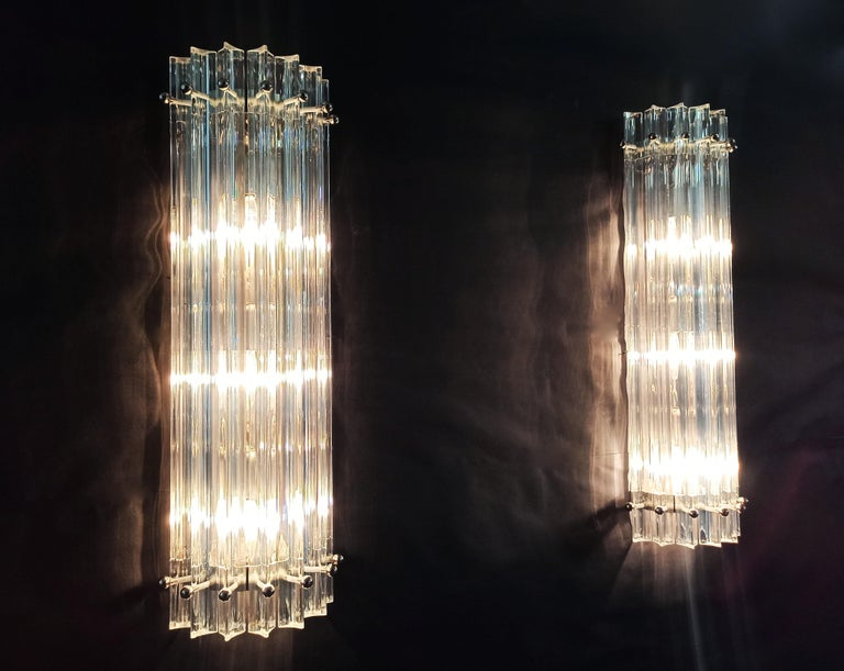 Pair of Vintage Murano Wall Sconce, Iridescent Triedri Glass For Sale 2