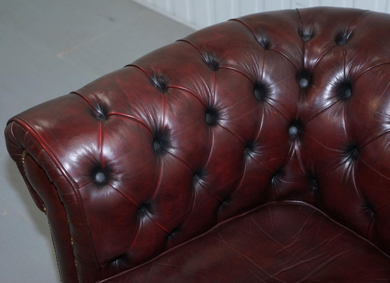 Pair of Vintage Oxblood Leather Hand Made in England Chesterfield Club Armchairs For Sale 10
