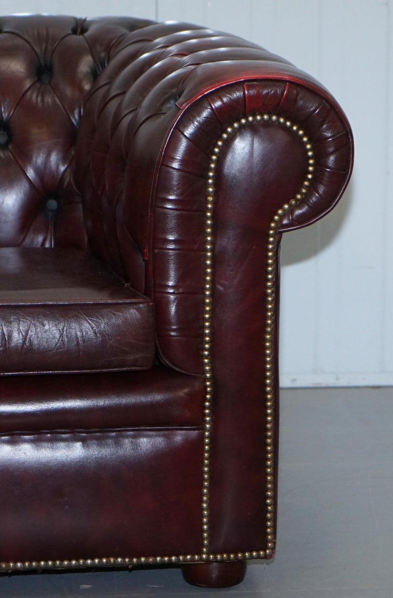 Pair of Vintage Oxblood Leather Hand Made in England Chesterfield Club Armchairs For Sale 1