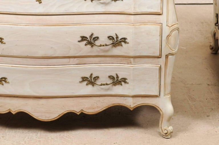 Pair of Mid-20th C. Painted Wood Bombé Style Chest of Drawers w/Scalloped Skirts For Sale 4