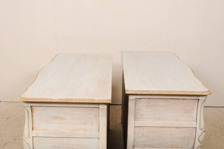 Pair of Mid-20th C. Painted Wood Bombé Style Chest of Drawers w/Scalloped Skirts For Sale 2