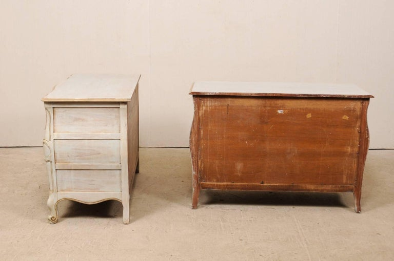 Pair of Mid-20th C. Painted Wood Bombé Style Chest of Drawers w/Scalloped Skirts For Sale 3